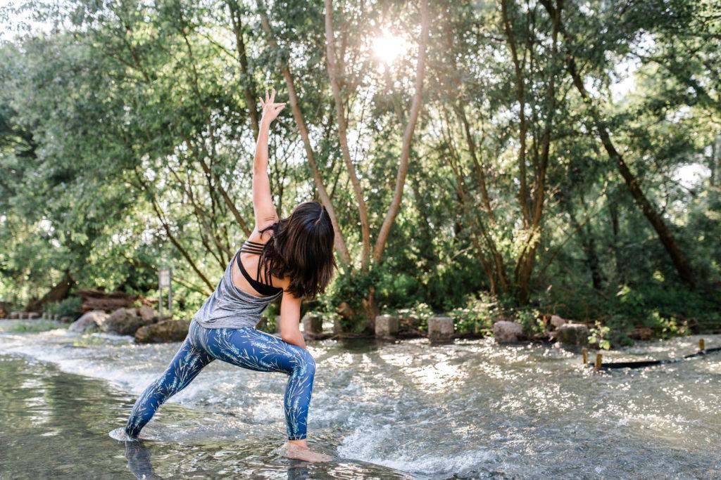 Yoga Wald Asana